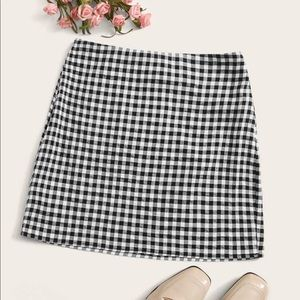 NWT SHEIN Black & White Gingham Skirt
